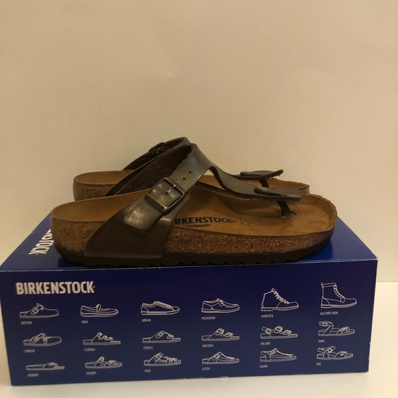 94801edb5af4 Birkenstock Shoes - ✨NEW Women s Birkenstock Metallic Gizeh Sandal✨